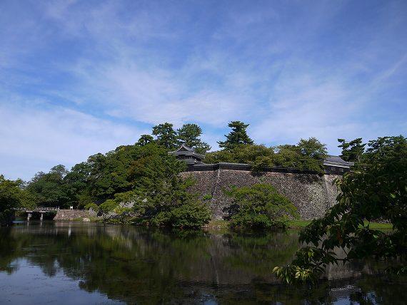 松江城_お堀の水面
