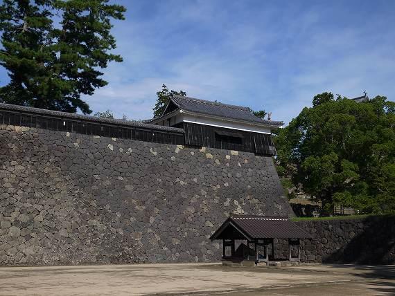 松江城の石垣その2